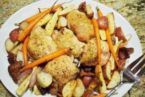 Chicken-Thighs-and-Rosted-Veggies