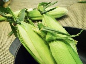 Tie-corn-closed