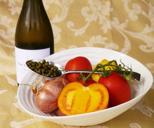 Tomato-white-wine-and-caper-sauce